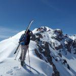 Poznaj największe zalety jazdy na nartach